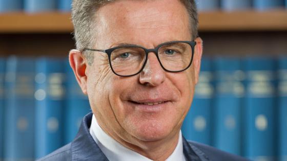 Interview mit Dieter Babiel: Attraktivität von Bauaufträgen