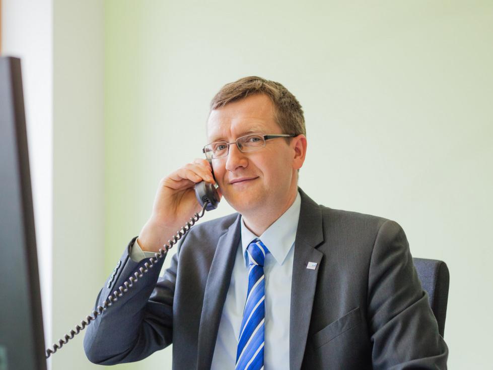 """Hotline für Unternehmen gut nachgefragt – Tiefensee: """"Frühwarnsystem"""""""